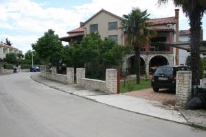 Apartments Rondine
