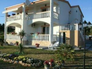 Apartments Villa Carrington