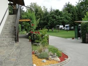 Rooms and camping Park