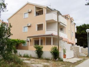 Apartments Baric
