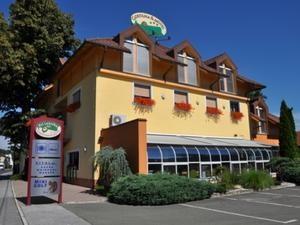 Guesthouse and motel Pri Lesniku