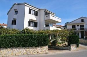 Apartments Zrilic