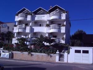 Apartments Ineta