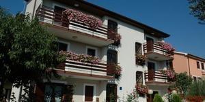 Apartments Lauretta