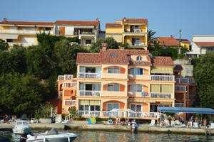 Apartments Bisic
